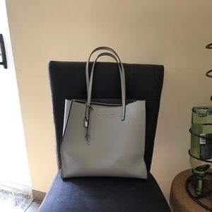 Marc Jacobs The Grind Tote Ghost Grey